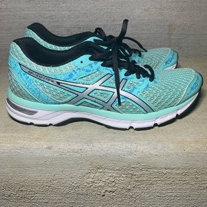 ASICS Gel-Excite 4 running shoe Sz 8